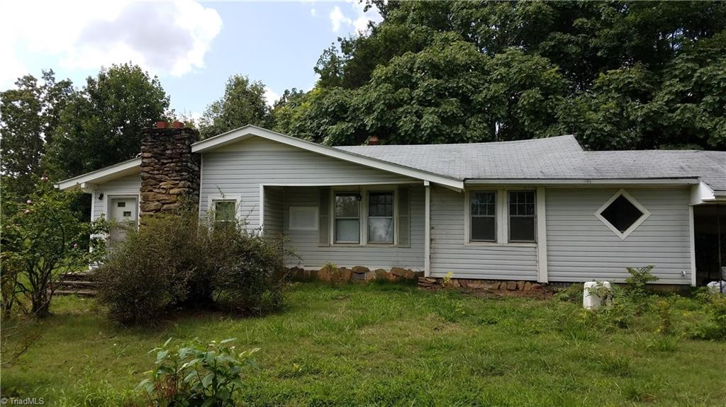 7806   US HIGHWAY 158 , STOKESDALE