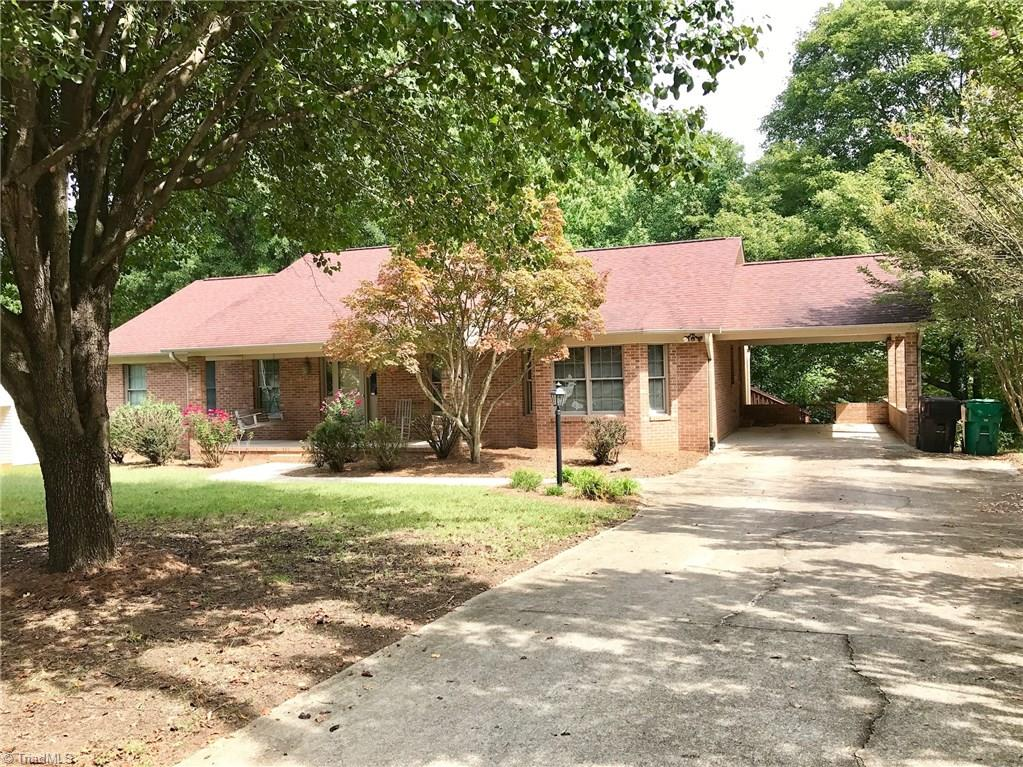3402   Rolling Road, HIGH POINT