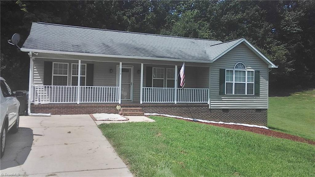 114   Falling Creek Drive, THOMASVILLE