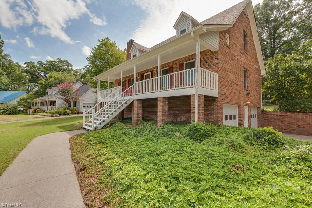 322   Heritage Manor Circle, LEXINGTON