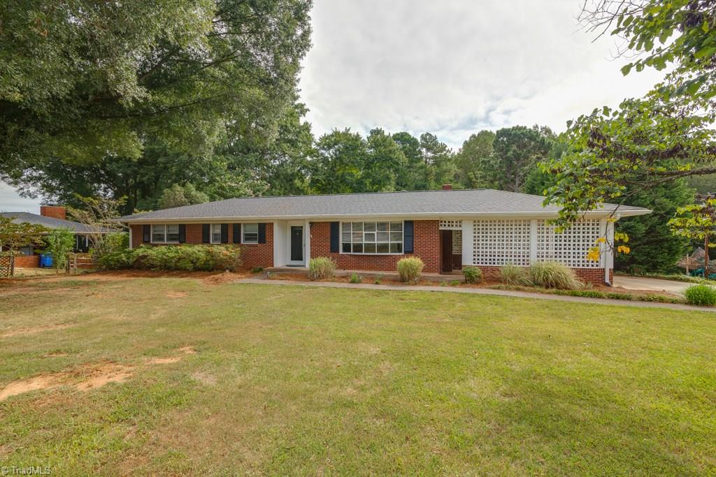460   Leonard Berrier Road, LEXINGTON