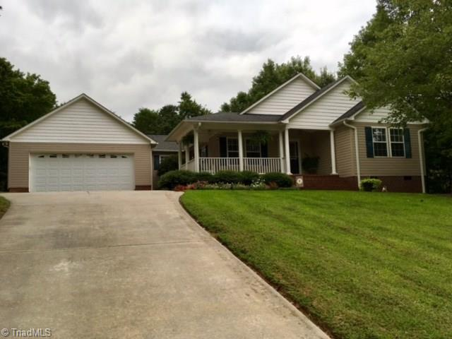449   Jada Drive, LEXINGTON