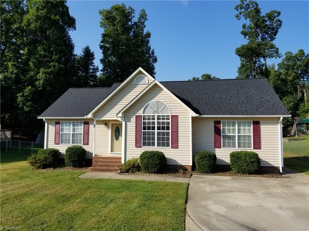 11   Terry Drive, THOMASVILLE