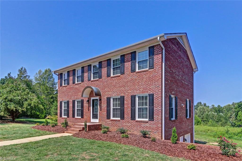 612   Craver Road, LEXINGTON