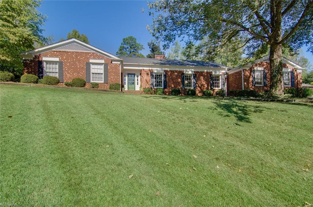1235   Wales Court, HIGH POINT