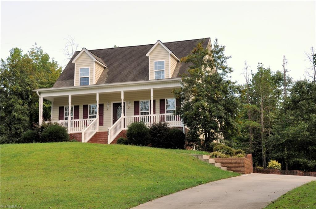 370   Ponders Creek Drive, LEXINGTON