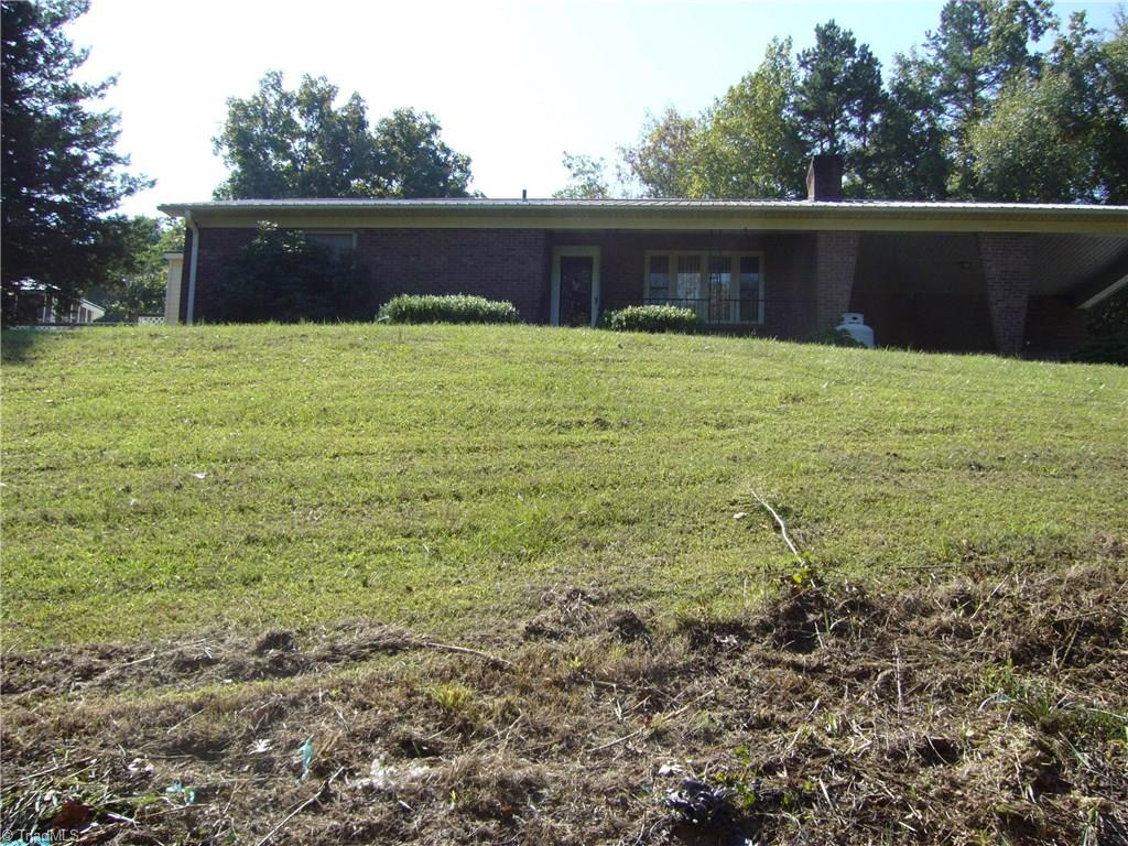 300   Hill Everhart Road, LEXINGTON