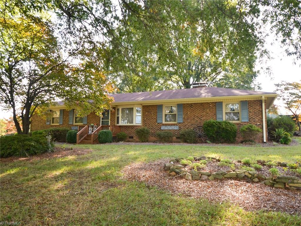 1241   NC Highway 68 , STOKESDALE
