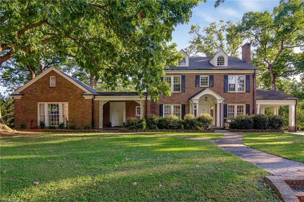 225   Colonial Drive, THOMASVILLE