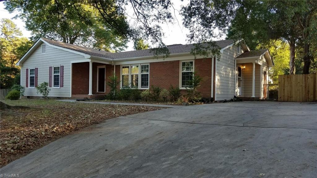 801   Parkwood Circle, HIGH POINT
