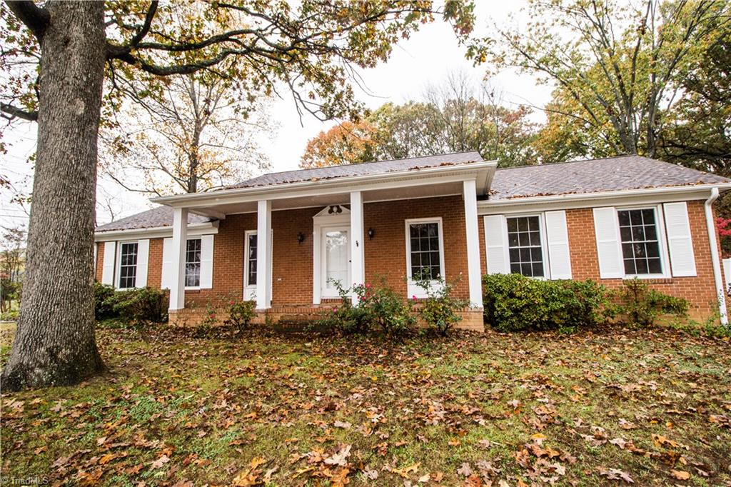 901   Oakview Road, HIGH POINT