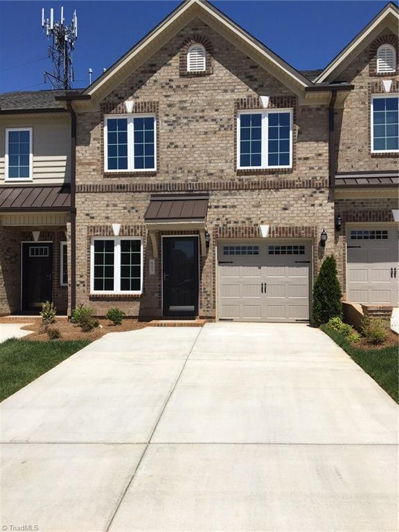 805   Piedmont Crossing Drive, HIGH POINT
