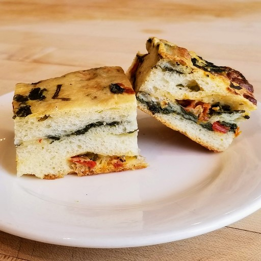Cheese stuffed Spinach Pizza Bread