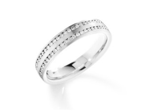 18ct White Gold Eternity / Wedding Ring