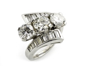 Three Stone Diamond Ring, 4.10ct