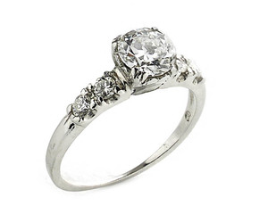 Old cut diamond ring, 0.75ct