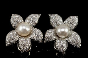 Pearl & Diamond Flower Earrings