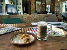 30130718-lessard-breakfast-
