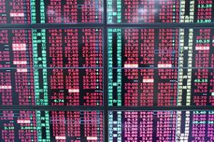 台股波動加劇,有助期權市場交易量增溫,元大期受惠