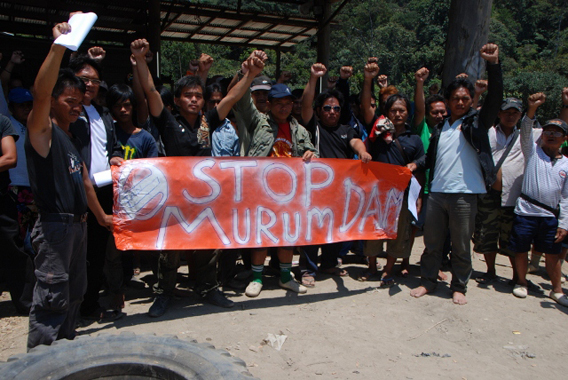 Penan protesting the Murum dam. Photo courtesy of Sarawak Conservation Alliance for Natural Environment (SCANE).