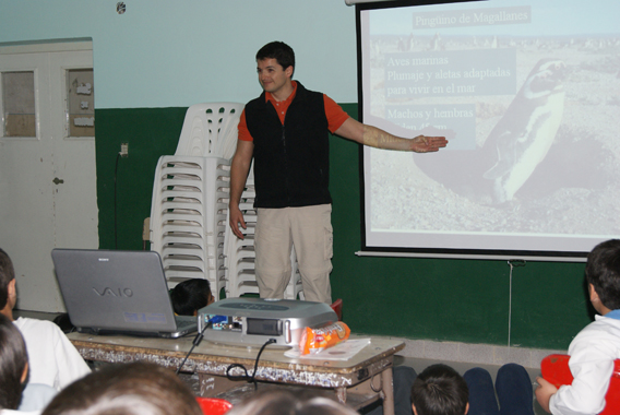 Borboroglu giving presentation on penguins to school children. Photo courtesy of GPS.