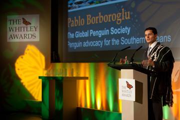 Borboroglu accepting the Whitely Award in 2010. Photo courtesy of GPS.