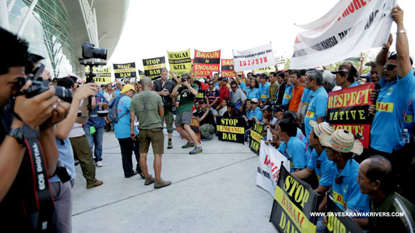 Protest today by indigenous groups at the biannual IHA congress. Photo courtesy of SAVE Rivers.
