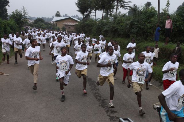AoC annual event: the 3K Gorilla Fun Run. Ghrist says 'kids learned sports etiquette, team work, health, and running for gorillas!' Photo: © Julie Ghrist.
