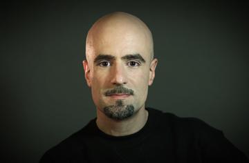 Daniel Azarian.