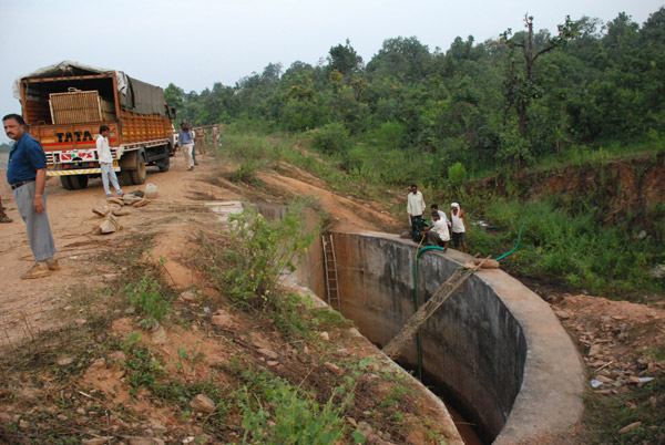 The drainage culvert of a canal of the Gosikhurd Dam in which Kala, the tigress, was found trapped on 12th October 2011. Photo by: Roheet Karoo.