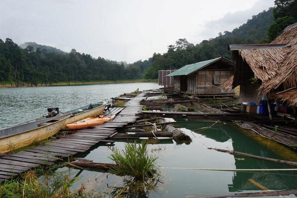 Floating bungalow accommodation. Photo by: Greg McCann.
