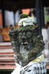 Batu Ukiran di Ubud Kuil Istana