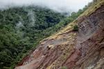 Longsor di lereng bukit gundul di dekat Jayapura