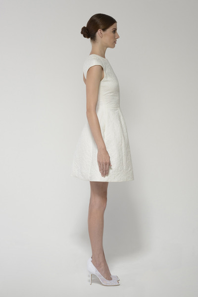Deedress_ivory_left_1