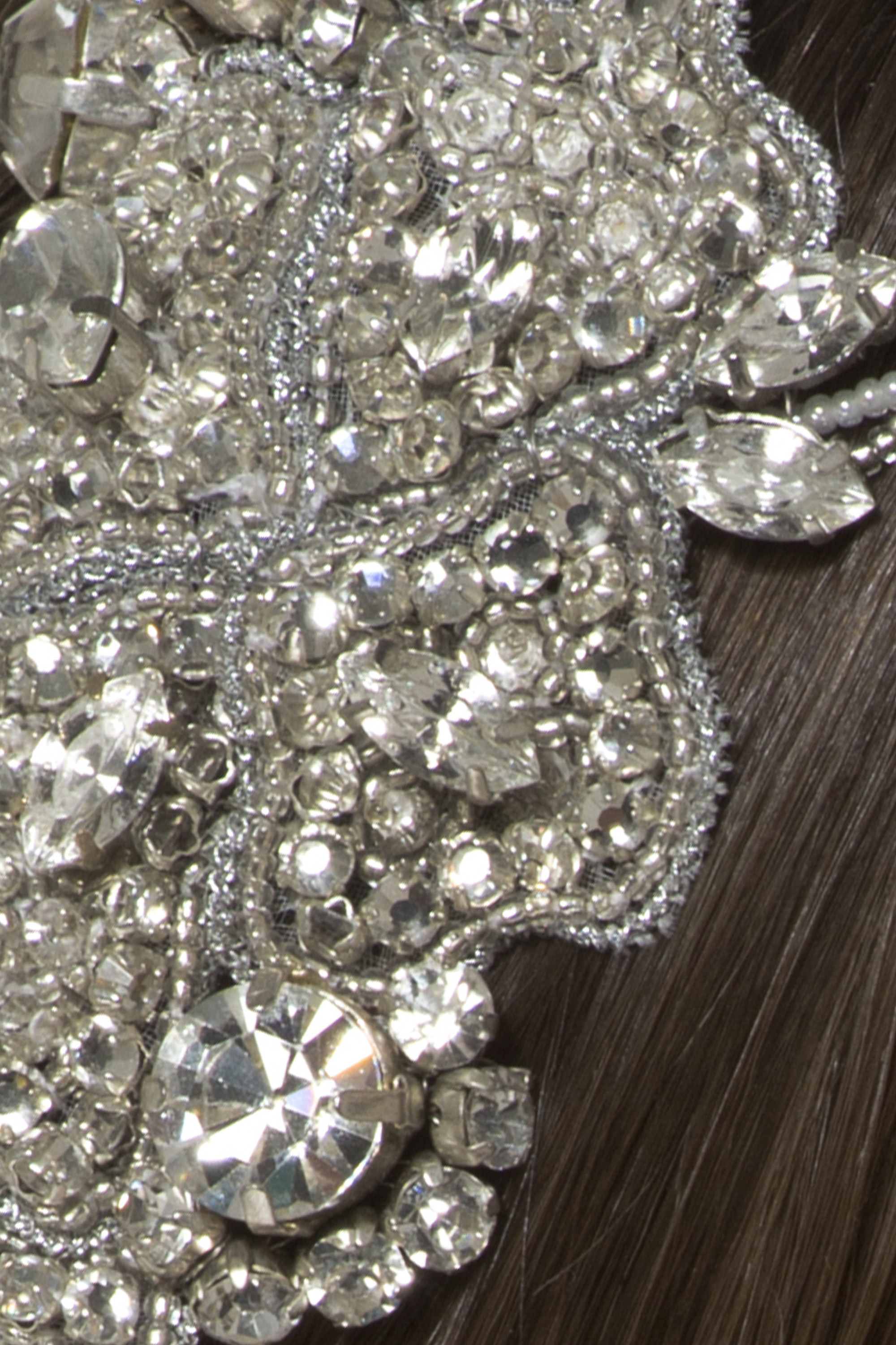 Intrigueheadpiece_crystal_detail_4