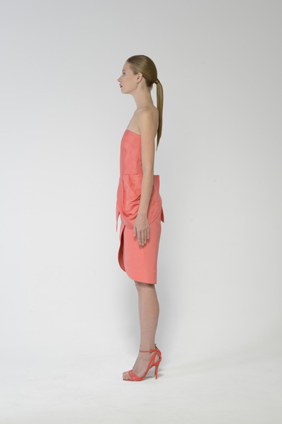 14243-108_coral_left_1