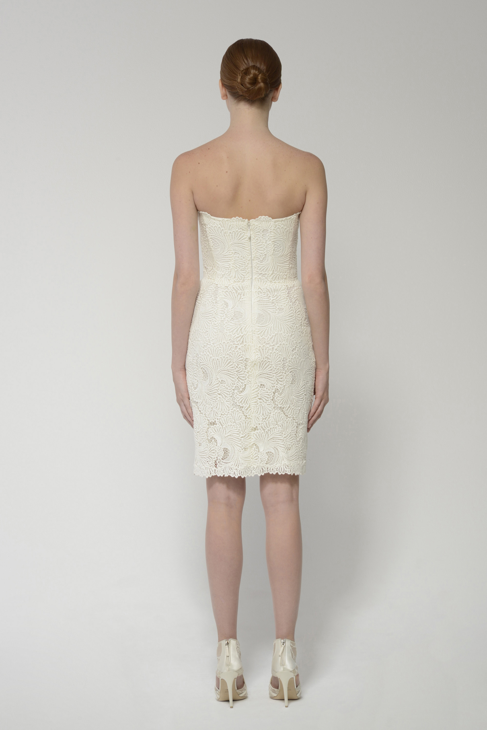Andiedress ivory back 2