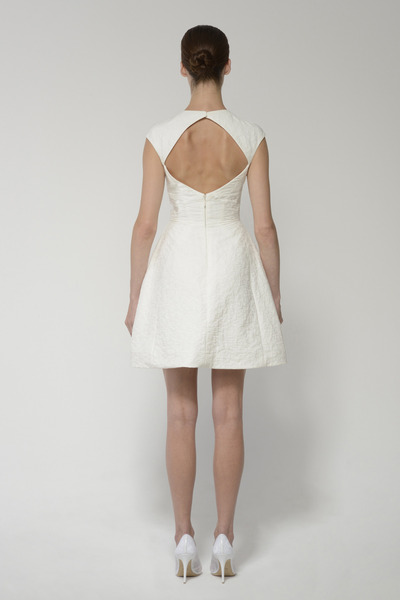 Deedress ivory back 2