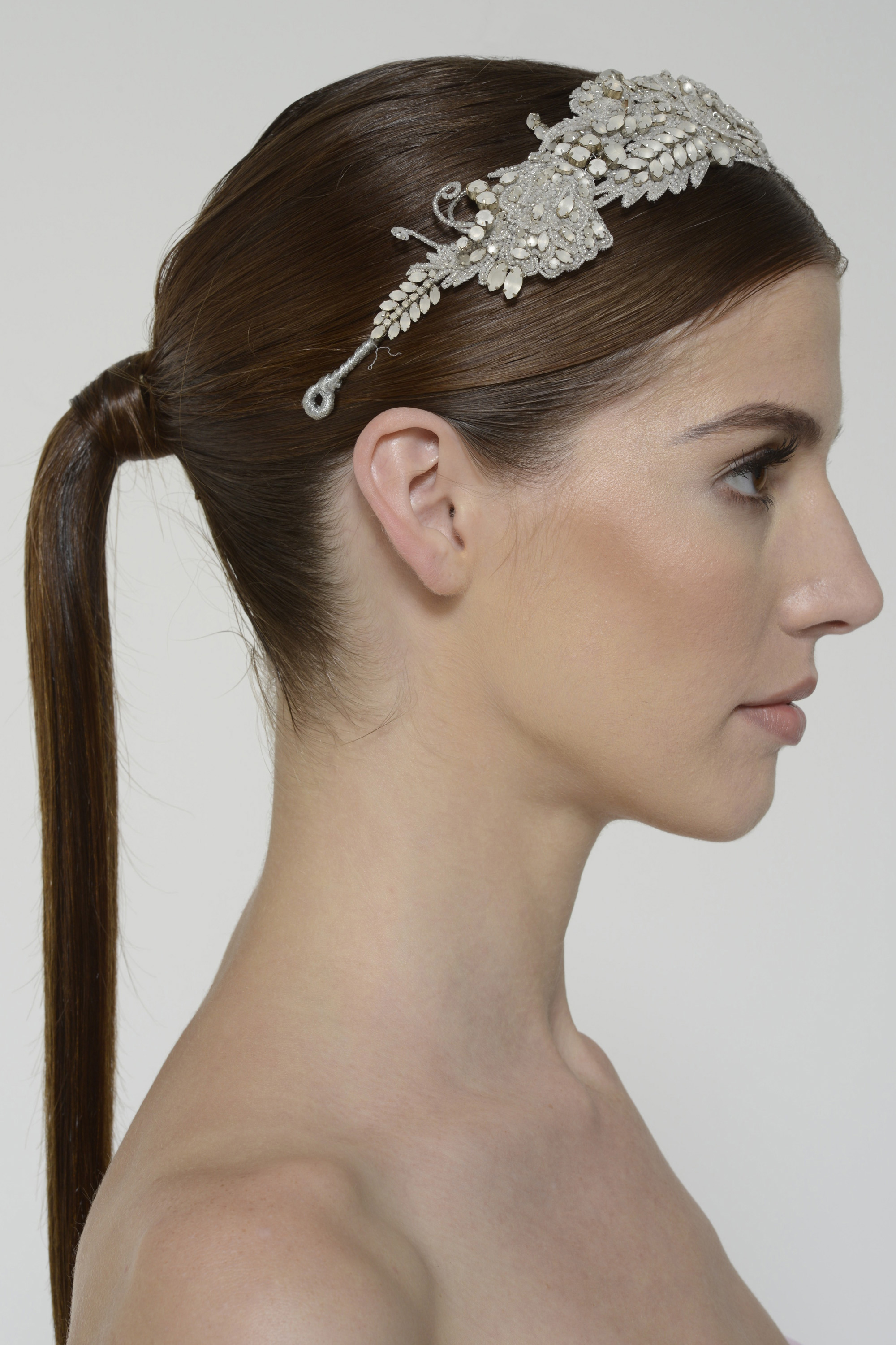 Harperheadpiece frosted back 2