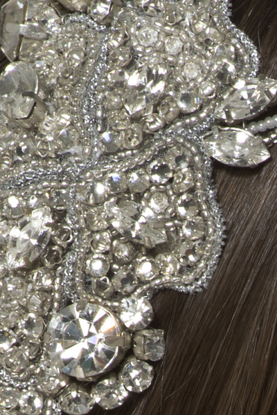 Intrigueheadpiece crystal detail 4