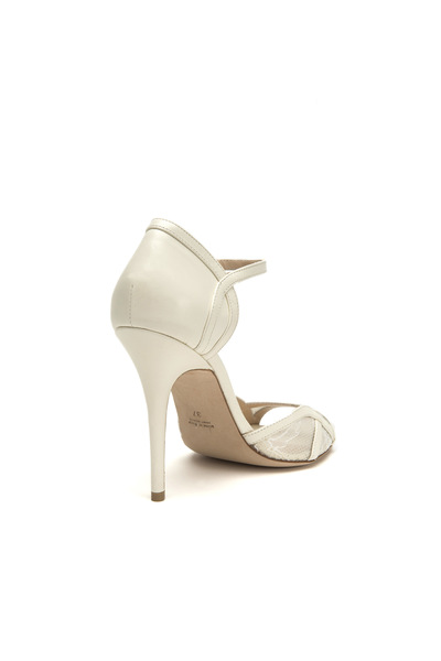 Sophia233061 ivory right 3