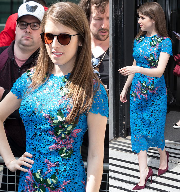 Anna kendrick monique lhuillier blue guipure lace dress