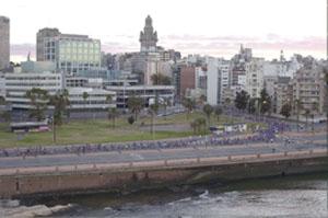 CUARTA EDICIÓN DE LA MARATÓN DE MONTEVIDEO CONVOCÓ A 4.000 ATLETAS