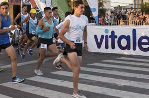 Vitale hidrató a los competidores de la 72º edición de la Corrida Doble San Antonio