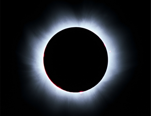 http://s3.amazonaws.com/moon-zoo-keeper/266/large/solar_eclipse_low.jpg?1266957170