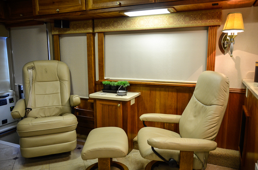 2005 Foretravel U270 36 Priced At 132500