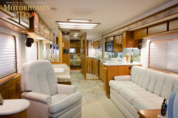 1999 Country Coach Magna 36 39 Priced At 67500