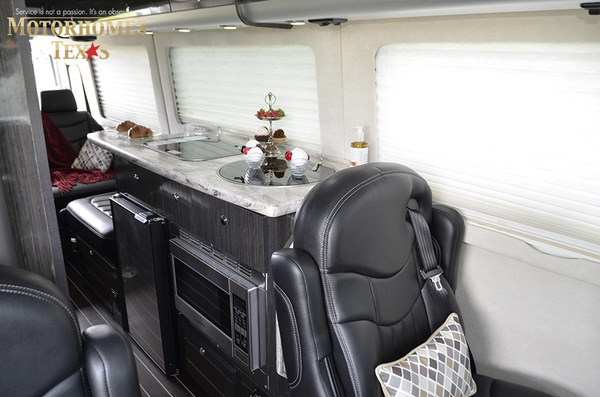 C2007 2014  airstream mercedes interstate lounge ext 093