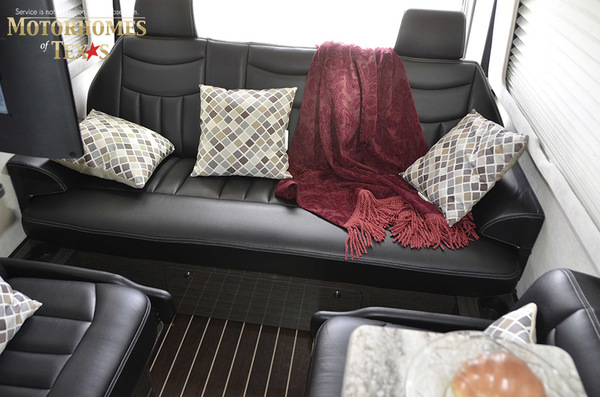 C2007 2014  airstream mercedes interstate lounge ext 099