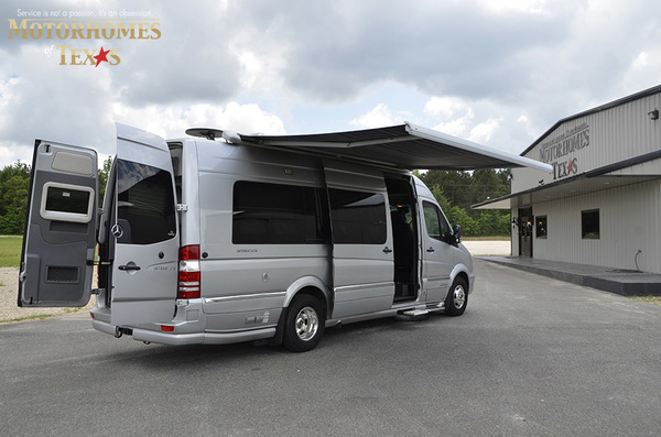 C2007 2014  airstream mercedes interstate lounge ext 089